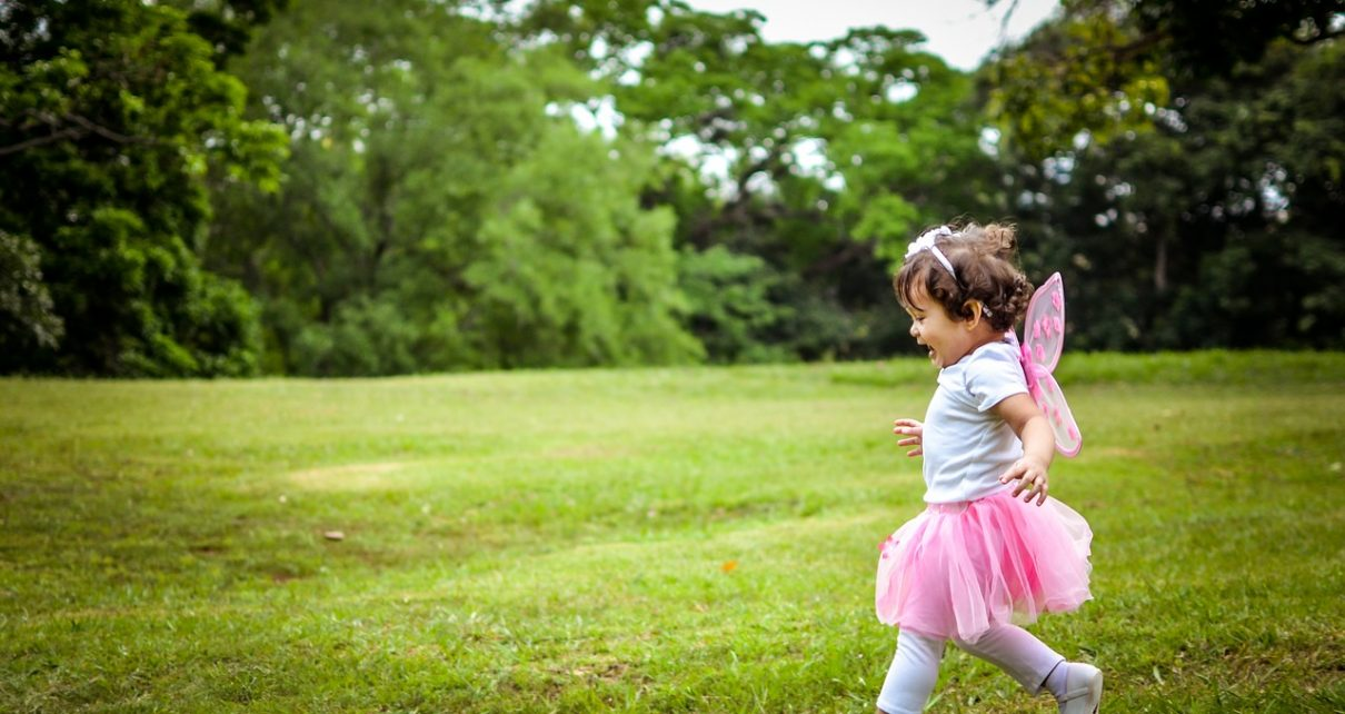 Biegnące dziecko