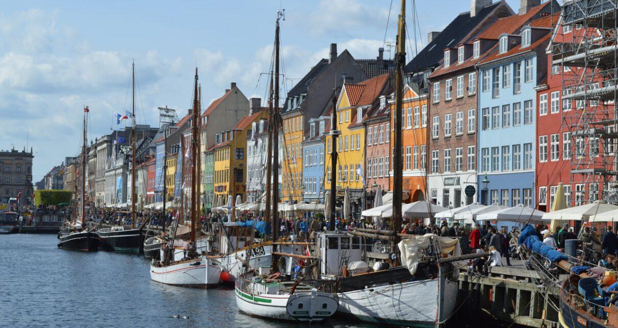 Dania i możliwości studiowania w tym kraju