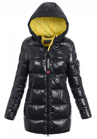 Długa czarna kurtka zimowa
