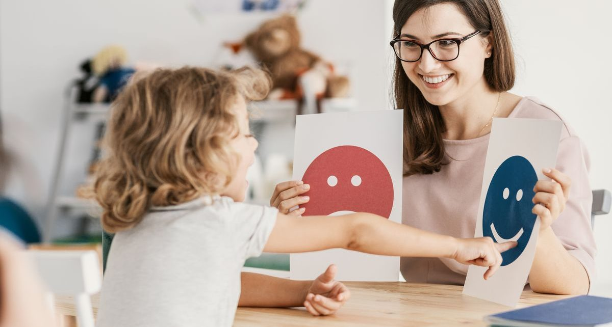Dziecko z psychologiem