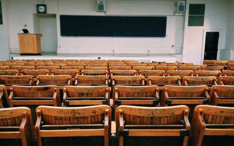 sala wykładowa na uczelni