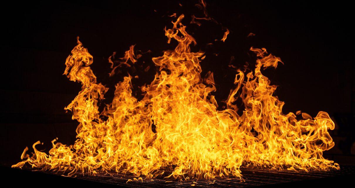 Ogień w kotle gazowym